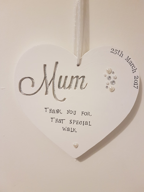 Engraved Mum heart